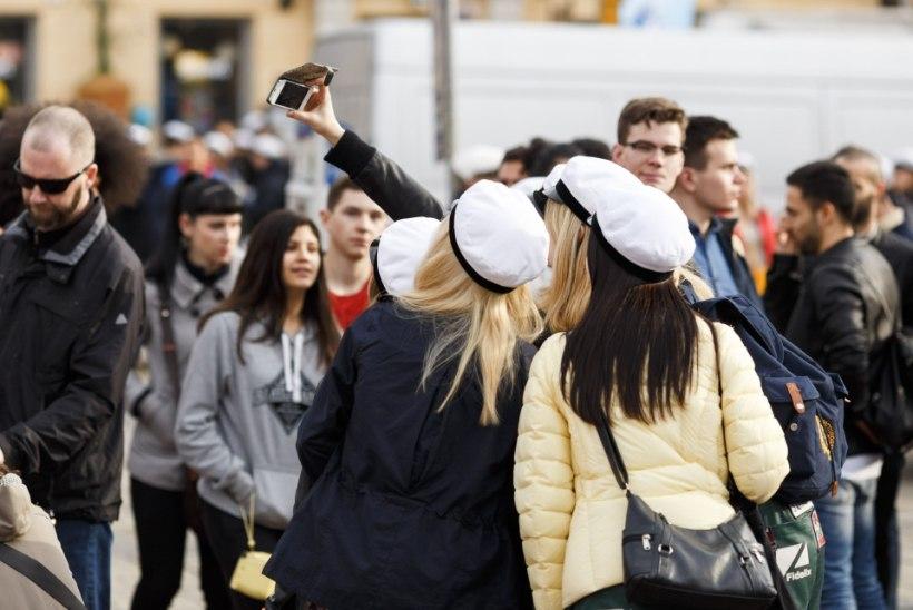 """""""Soome noorte eest pole suletud midagi, ka kõige karmimaid ahvatlusi mitte."""""""