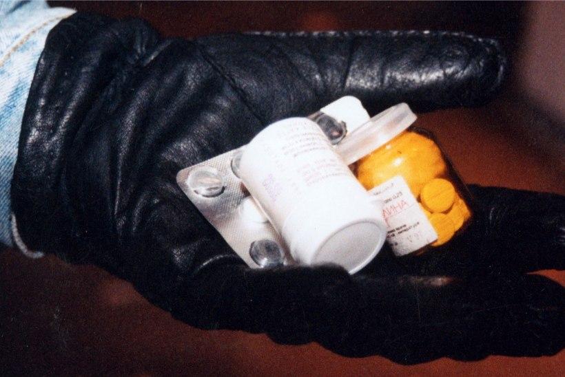 Tallinlase korterist leiti hiigelkogus narkootikume