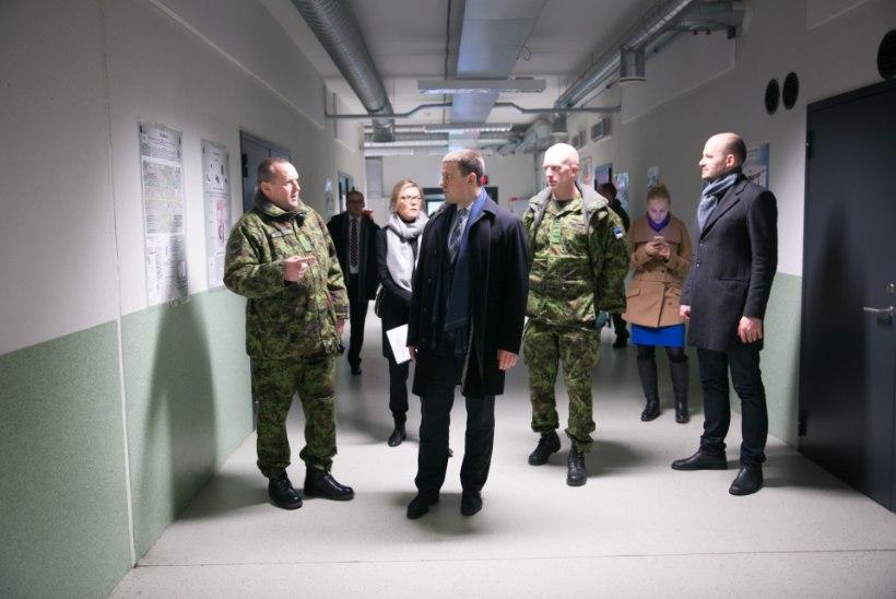 FOTOD | Peaminister Ratas kiitis kaitseväe kõrget taset Harjumaal