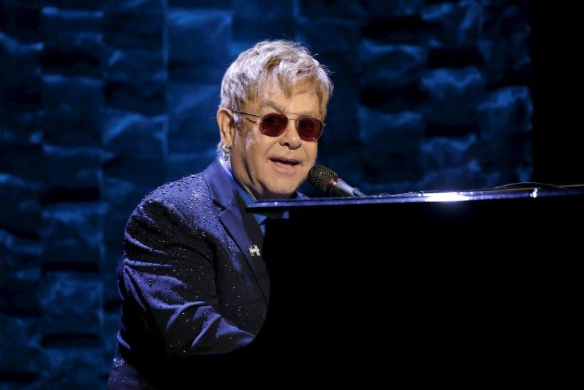 """Elton John kirjutab muusikali """"Saatan kannab Pradat"""""""