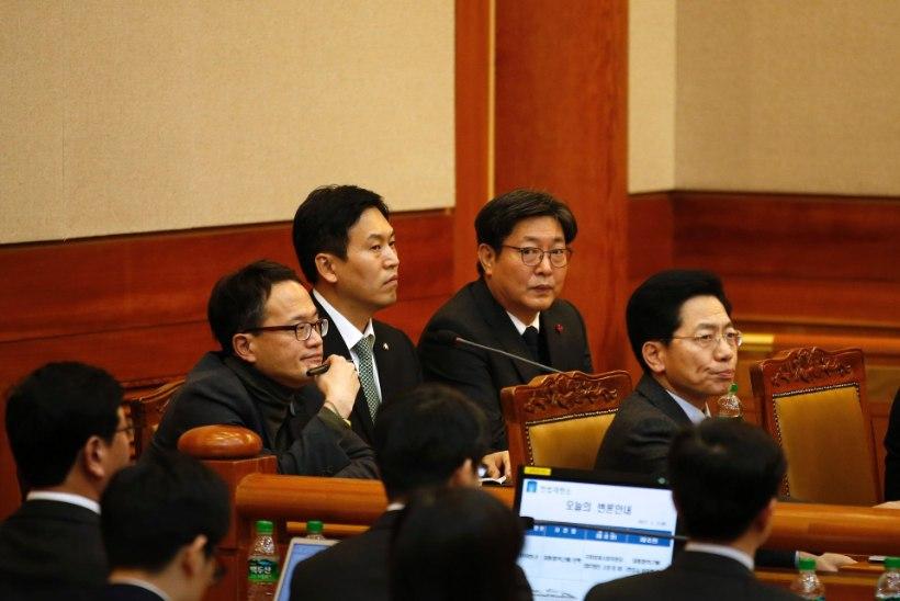 Lõuna-Korea president ei ilmunudki kohtuistungile