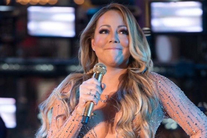 """Mariah Carey mänedžer selgitab lörri läinud uusaastaesinemise tagamaid: """"Ta oleks pidanud lavalt ära kõndima ja kellelegi mikrofoni pähe viskama!"""""""