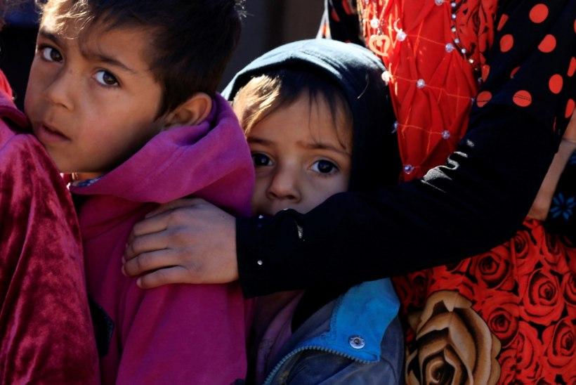 ISIS ähvardab tappa kõik pered, kes Mosulist põgeneda püüavad