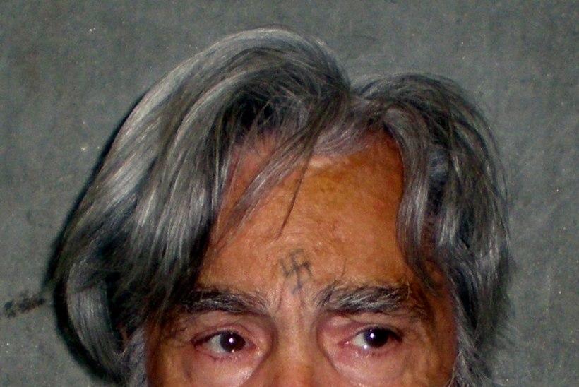 Kurikuulus eluaegne vang Charles Manson viidi haiglasse