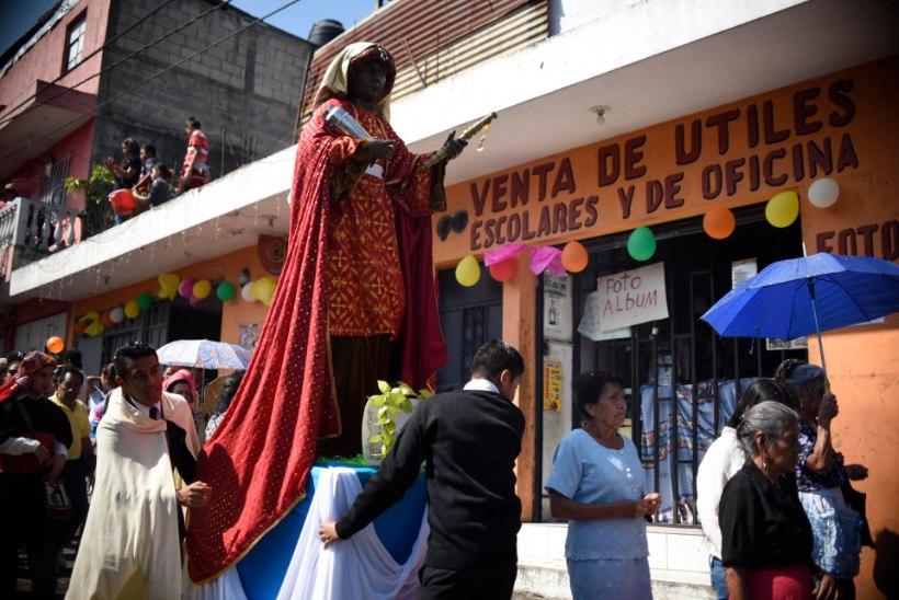 GALERII | Vaata, kuidas tähistati kolmekuningapäeva maailma eri paigus