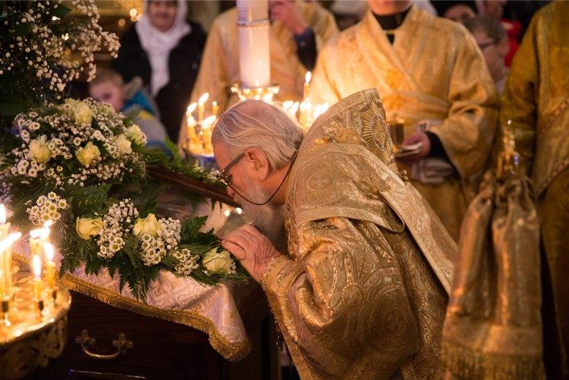 С Рождеством Христовым! Смотри, как отмечают праздник в Соборе Александра Невского в Таллинне