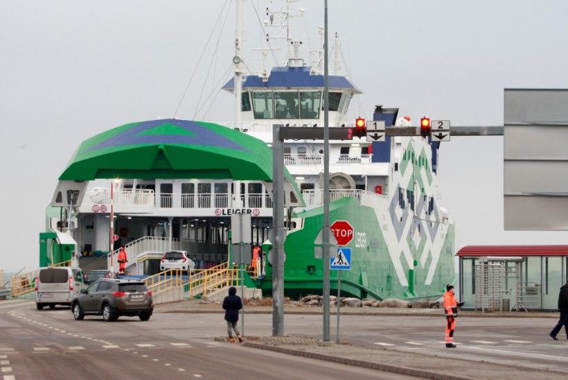 Riigi laevafirma peab parvlaevade hilinemise tõttu ministeeriumile trahvi maksma