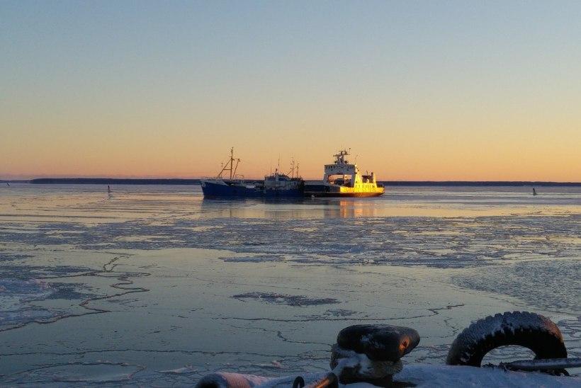 Sõru-Triigi laev jäi taas merel seisma, reis venis kolmetunniseks