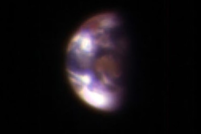 FOTO | Millised näevad Maa ja Kuu välja Marsilt vaadatuna?