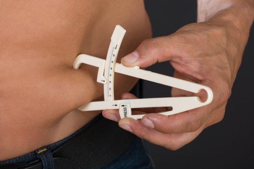 Neli põhjust, miks rasv jääb su kõhule pidama