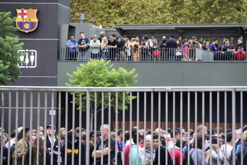 Katastroofi kartva FC Barcelona mäng peetakse tühjade tribüünide ees