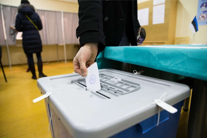 Politsei kontrollib vihjeid häälte ostmise kohta