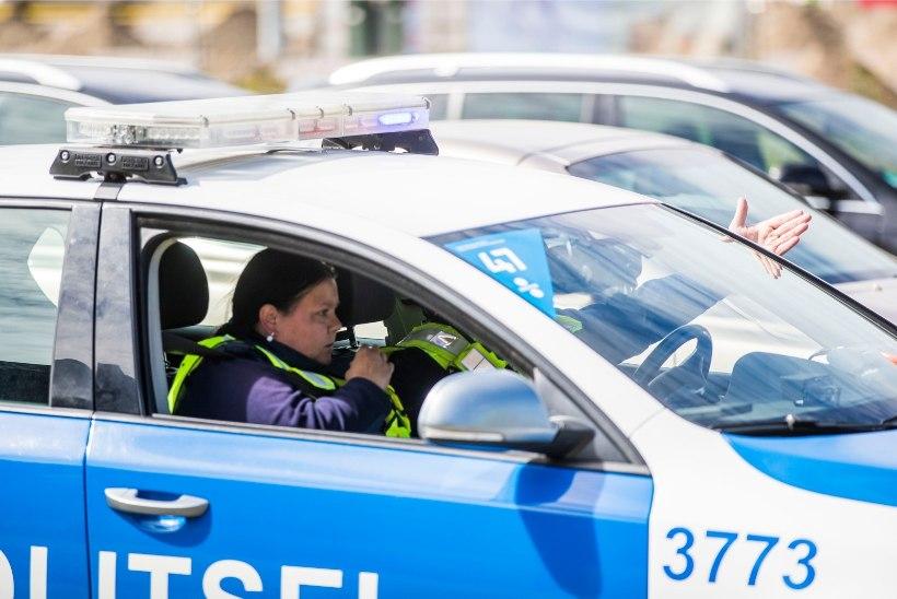 Politsei uurib nelja valimisreklaami rikkumist