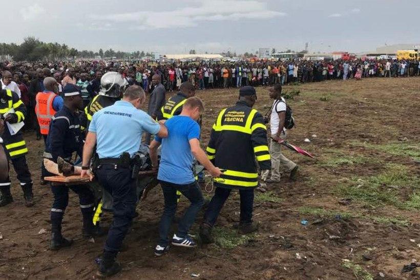 FOTOD | Elevandiluuranniku lähedal kukkus alla lennuk