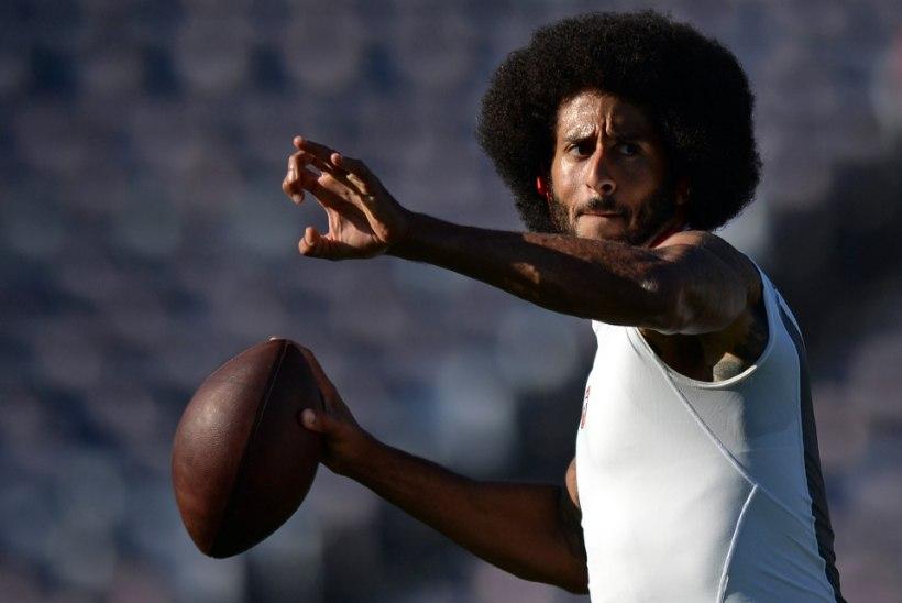 Kurikuulsa hümniprotesti algataja kaebas NFLi klubide omanikud kohtusse