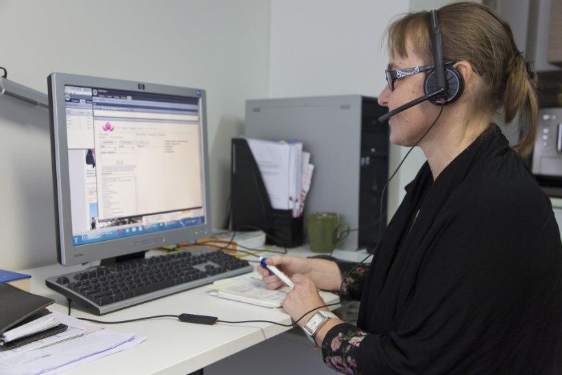 Ööpäev läbi saad abi perearsti nõuandetelefonilt 1220