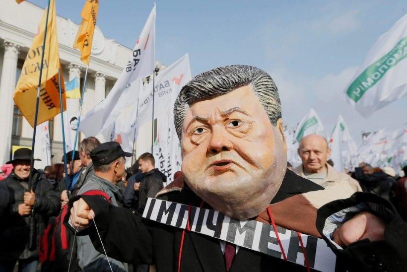Saakašvili: president Porošenko astugu tagasi!