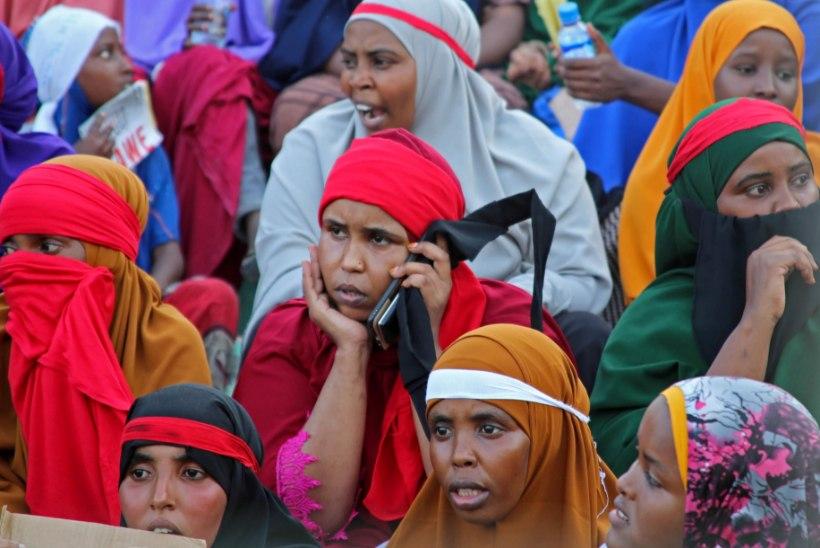 Somaalia pealinna elanikud tulid maruvihastena tänavatele terroristide vastu meelt avaldama
