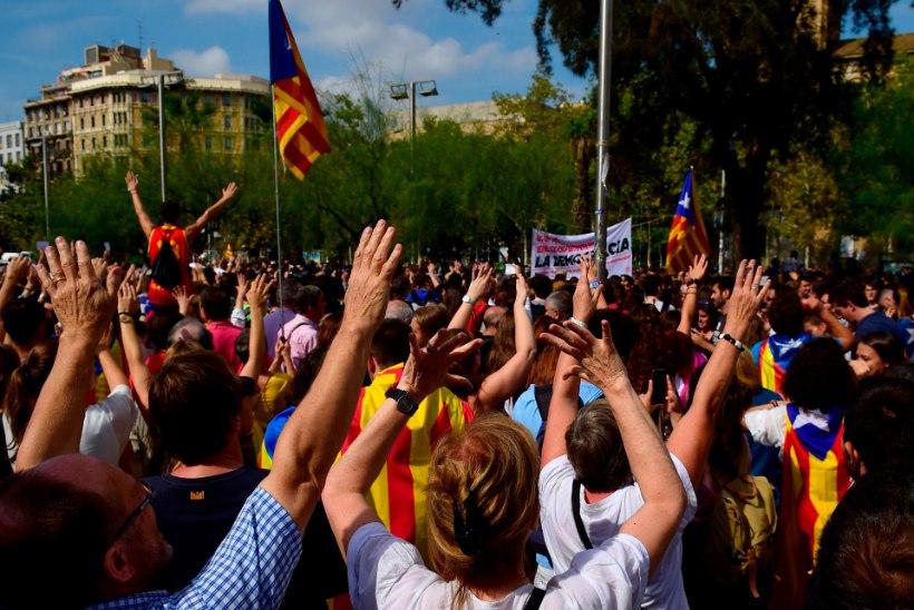 """Kataloonias elav eestlanna: """"Kui keegi kohe ei sekku, läheb asi käest ära."""""""