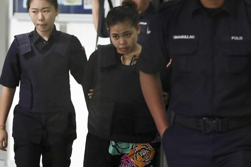 Algas kohuprotsess Kim Jong-nami tapjatele: vahistatud naised eitavad jätkuvalt oma süüd