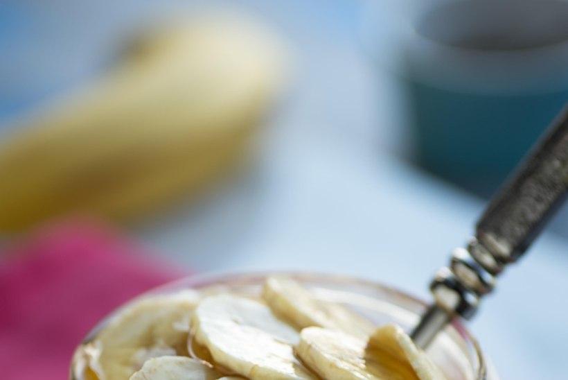 KÖHA PIINAB? Abi saad banaanist ja meest valmistatud köharohust!