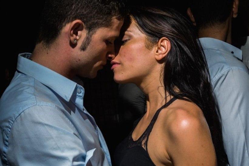 часто человеку приходиться страстный секс с другом истории будет по-вашему. Делайте, как