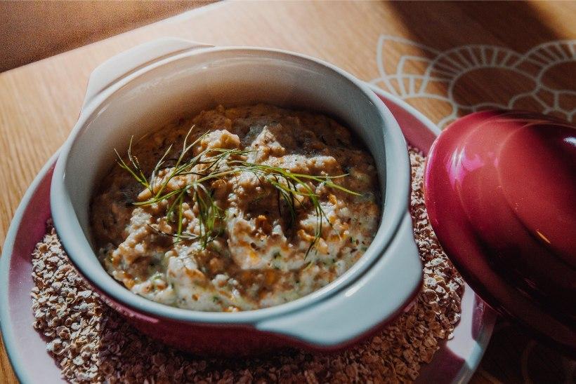 HOMMIKUSÖÖK STAARIGA | Paljas Porgand köögis: klassikaline kaerahelbepuder on välja murdnud hommikusöögi raamidest