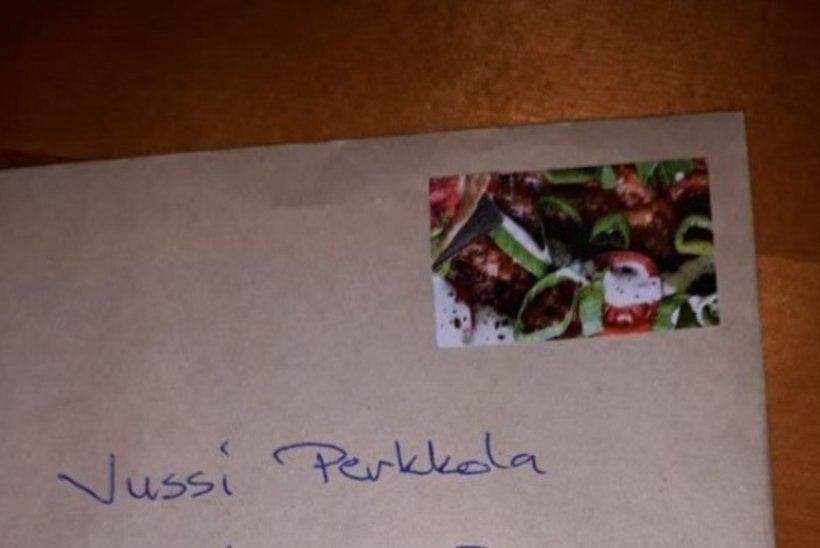 PILTUUDIS   Soomlane saatis kirja suvalise kleepsuga