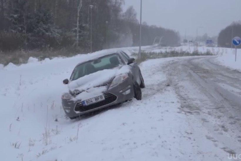 TV3 VIDEO | Esimese lumepäeva õhtuks on registreeritud 150 liiklusõnnetust