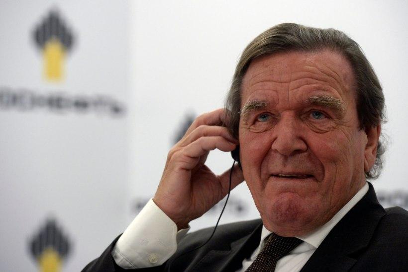 Endine liidukantsler Schröder aitas vabastada Türgis vangistuses hoitud Saksa inimõiguslast