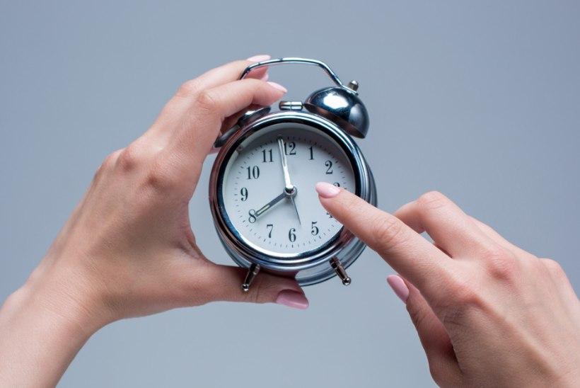 OLE VALMIS: ööl vastu pühapäeva tuleb taas kella keerata