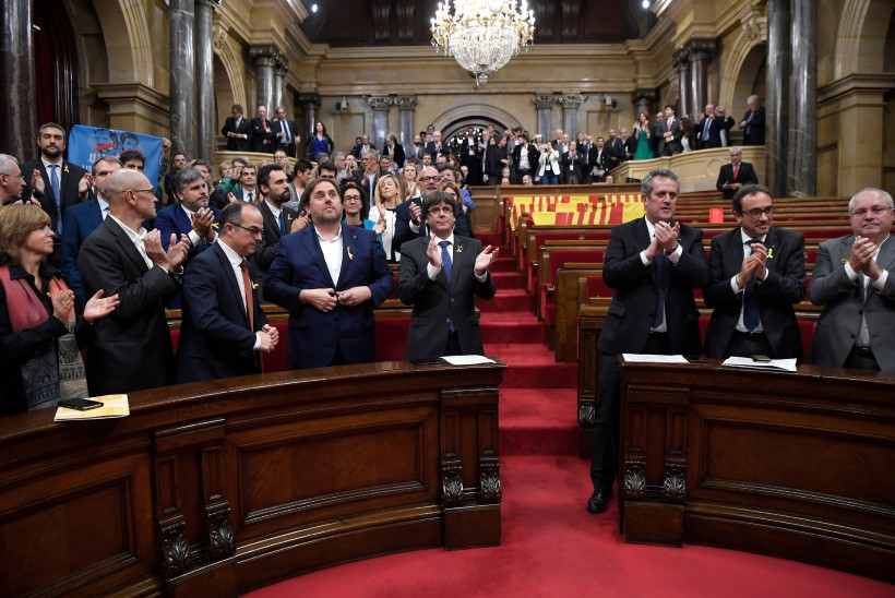Kataloonia kuulutas regiooni iseseisvaks