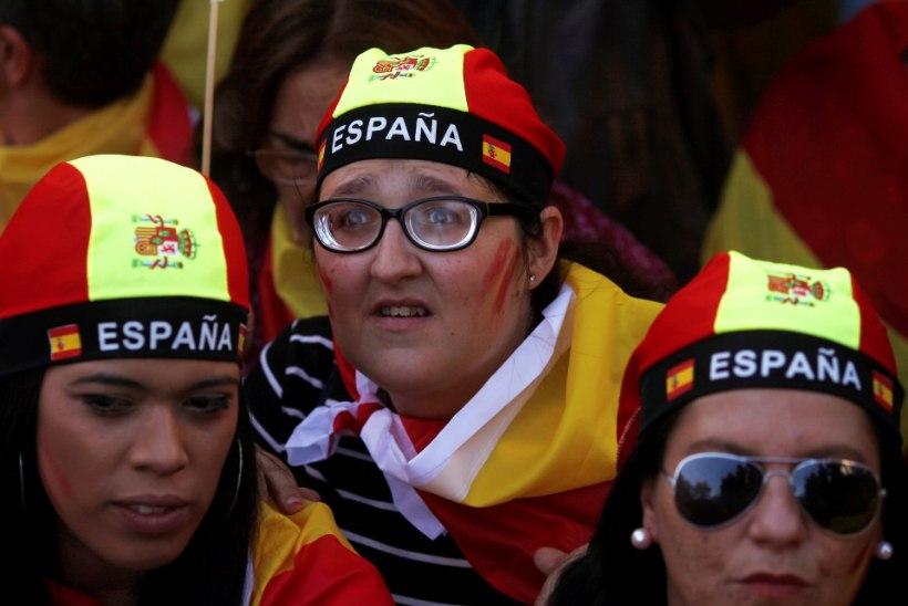 FOTOD JA TV3 VIDEO | Barcelonas nõudsid sajad tuhanded Hispaania ühtsuse hoidmist