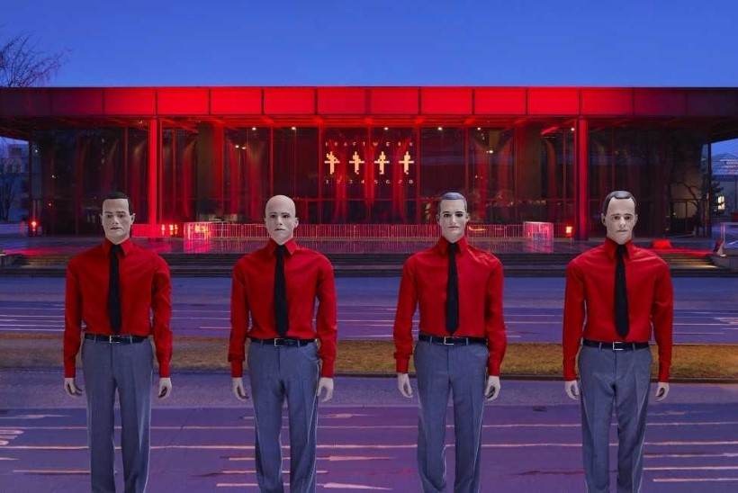 Kraftwerk annab veebruaris Tallinnas võimsa 3D-kontserdi