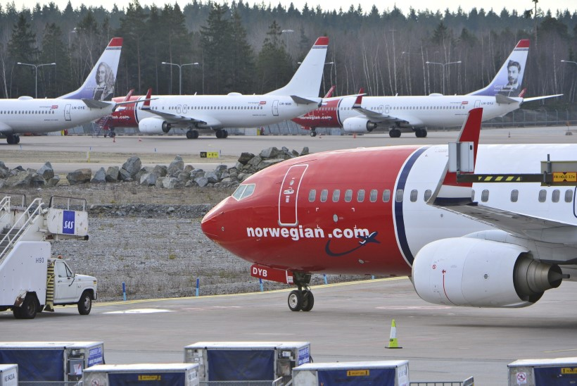 Arlanda lennuväljal puhkes suur tulekahju