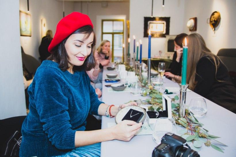 GALERII | Pandora särav õhtusöök tutvustas sügis-talviseid trendisuundi ehtemaailmas
