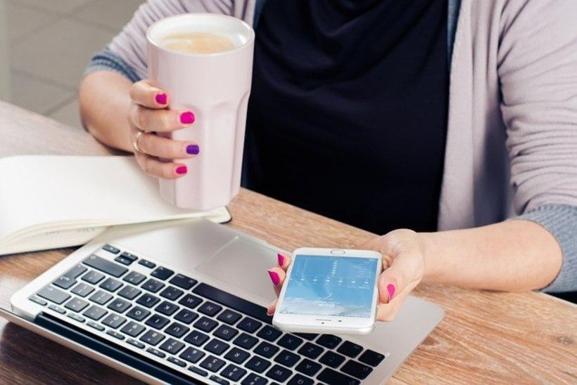 Uuring: eestlased armastavad puhkuse ajal tööd teha