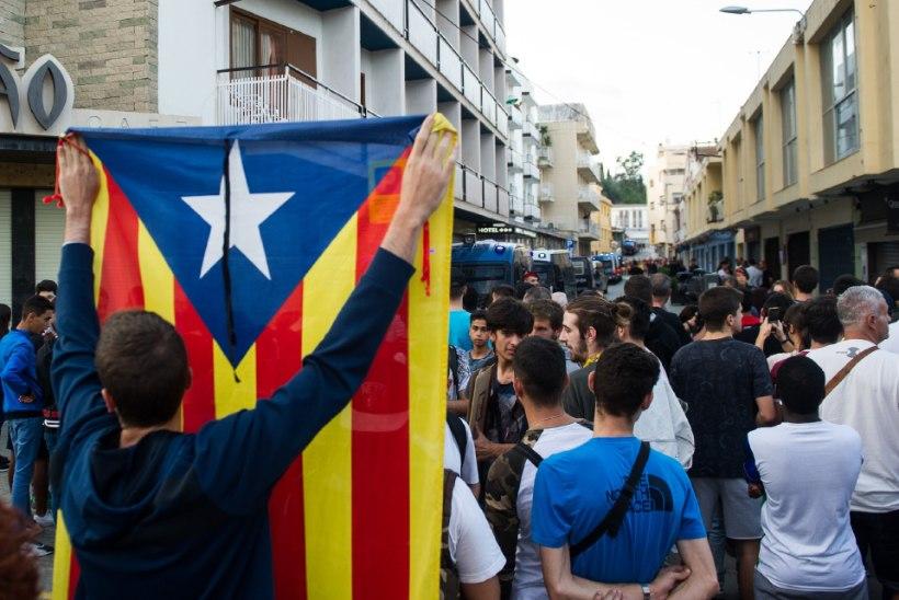 Hispaania kohus keelab Kataloonia parlamendil istungit pidada