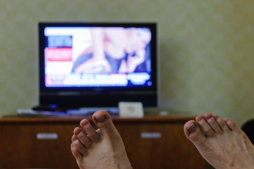 Uuring: pornovaatamine teeb mehe õnnetuks, aga naisele ei mõju