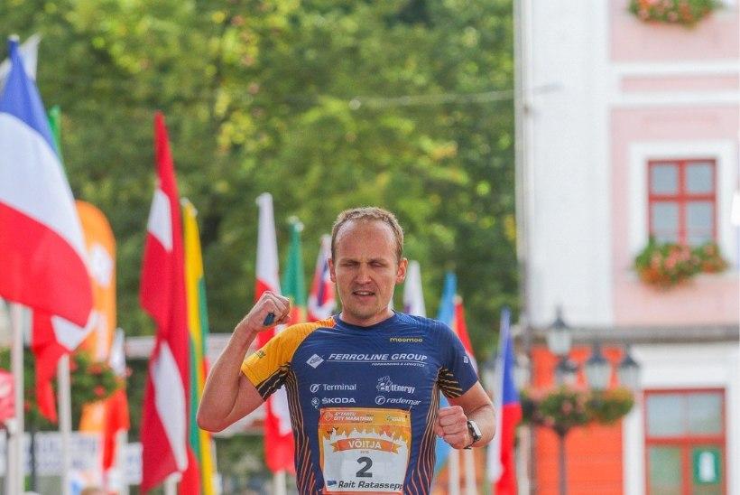 Tasapisi ultratriatlonist taastuv Rait Ratasepp sai Tartu linnamaratonil kolmandana koha