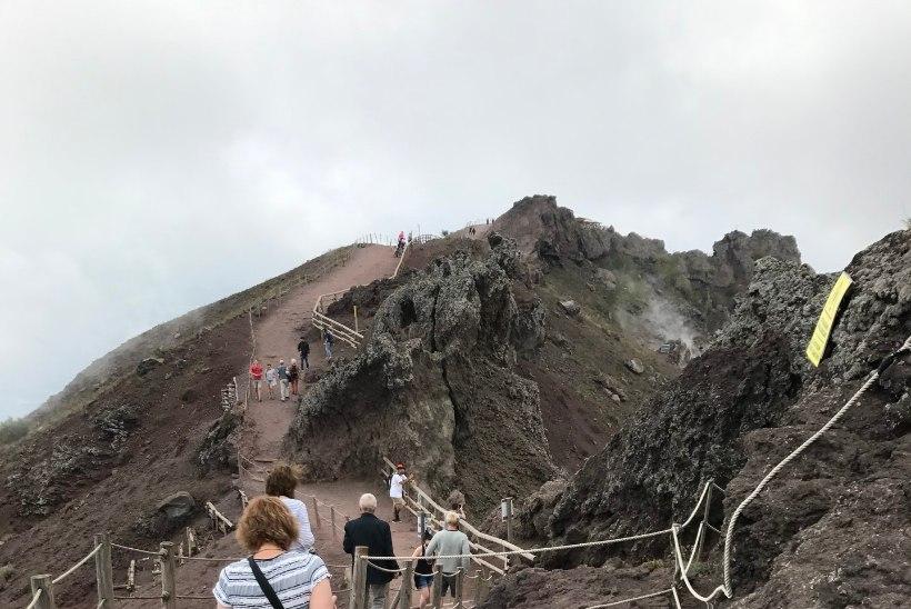 Soojenduseks matk vulkaan Vesuuvi kraatrini