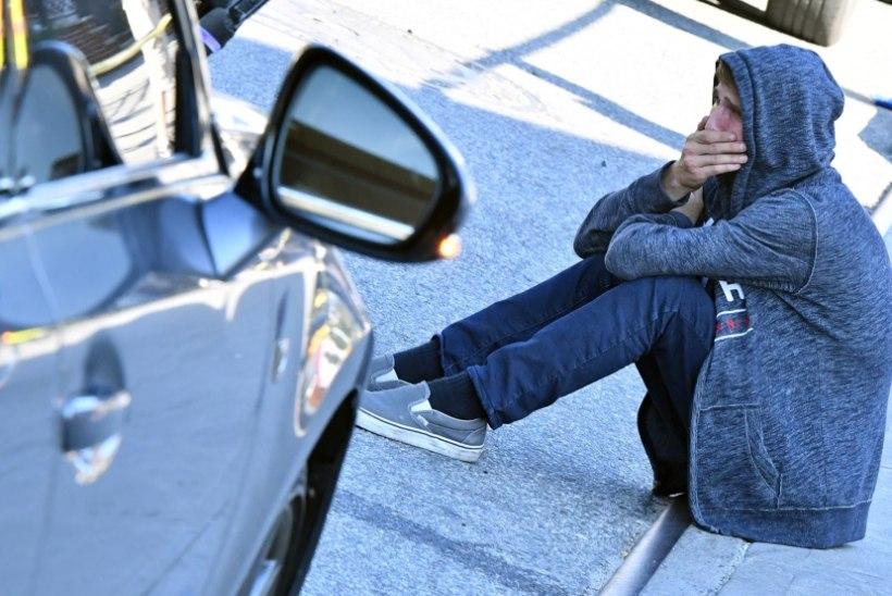 Oh ajad, oh kombed! Politsei tabas autoroolist 13-aastase poisi