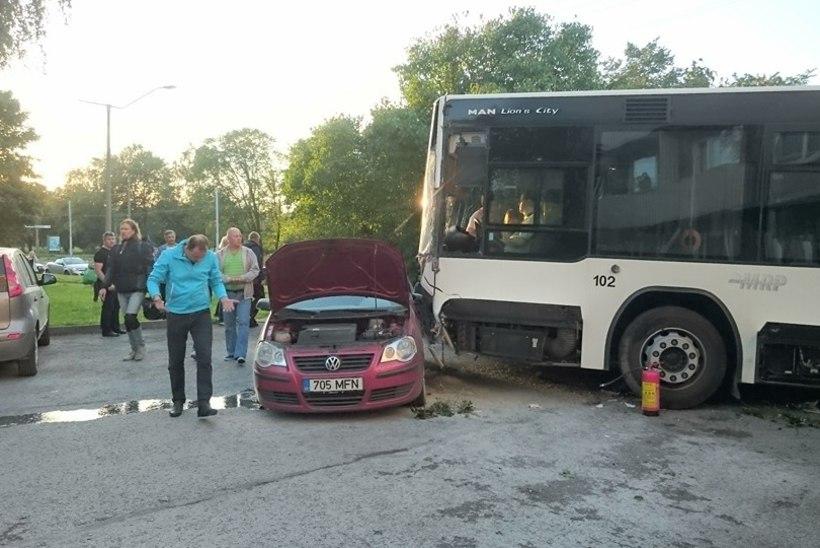 ÕL ARHIIV | Bussijuht: vananevad juhid ei tee sõitu ohtlikumaks