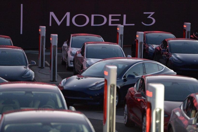 Kaval trikk: vaata, millise viisi leidis Tesla oma Model 3 tootmisprobleemide lahendamiseks