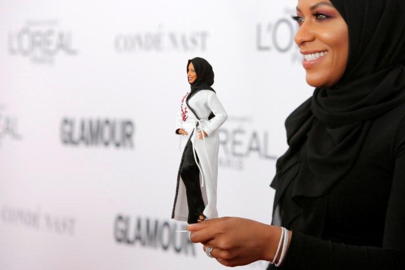 4a2bc0c5caf Barbie nukk saab esimest korda moslemipearätiku   Õhtuleht