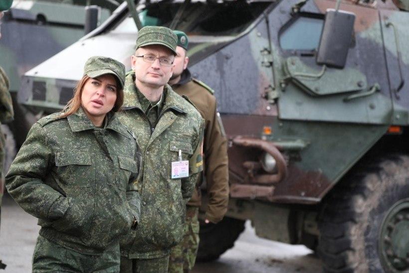 GALERII | Valgevene ohvitserid inspekteerivad Eesti sõjaväelinnakuid