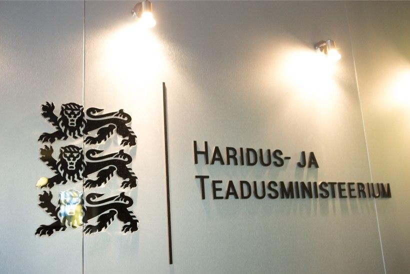 Hiiliv tagasikolimine: haridusministeerium liigub jupi kaupa Tallinnasse