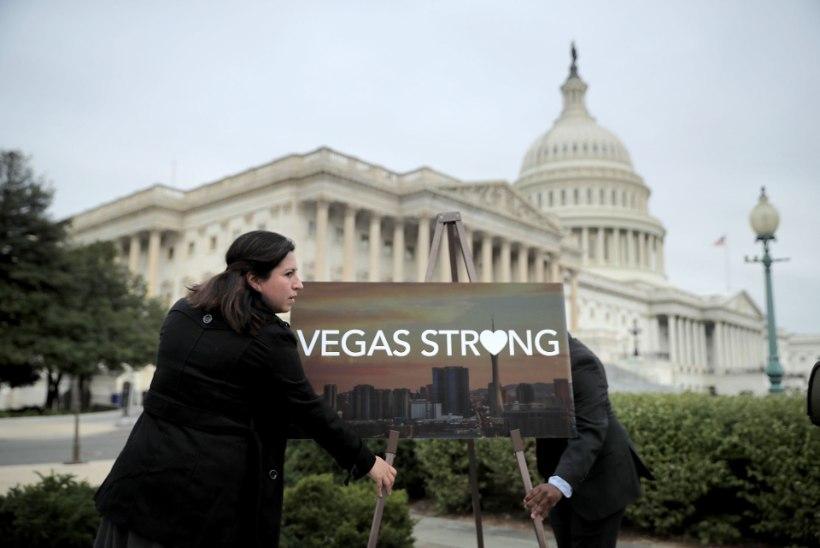 """""""Loodan, et saad päriselt kuuli pähe!"""" Vandenõuteoreetikud ahistavad Las Vegase tulistamises ellujäänuid"""