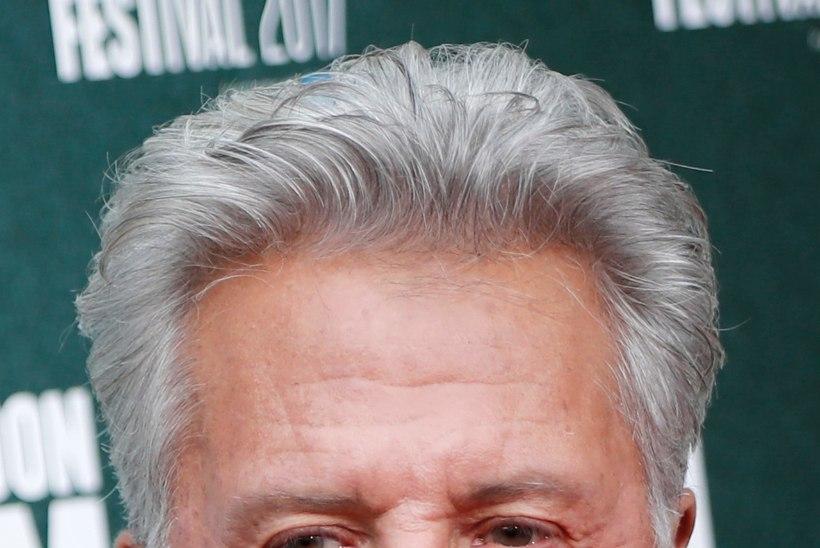 Superstaar Dustin Hoffman ahistas alaealist tüdrukut