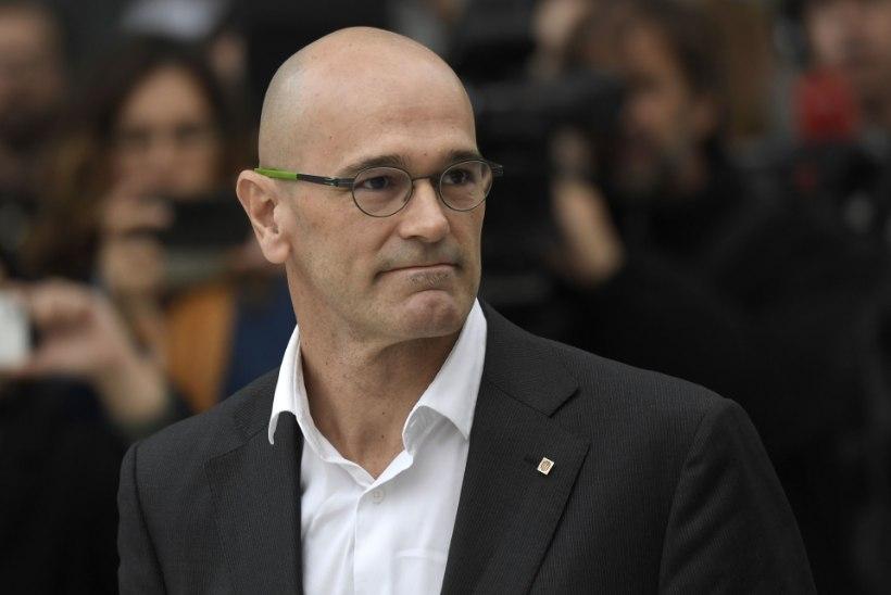 FOTOD   Vallandatud Kataloonia liidrid ilmusid kohtusse